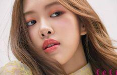Rosé CéCi Korea Magazine