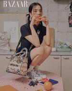 Jisoo x Harper's Bazaar Magazine December 2020 7