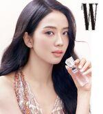 Jisoo Dior X W Korea 10