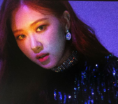 YG Official Instagram Update Rosé 180609