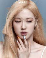Rosé Vogue Korea June 2021 4
