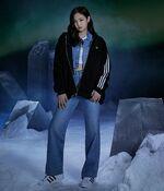 Jennie Adidas Originals 4