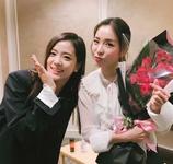 Jisoo and Dara 2