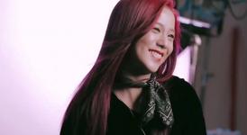 Jisoo screencap of Elle x Rouge Dior Liquid Video 2