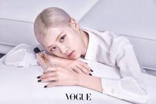 Rosé YSL Beauty April 2021 4