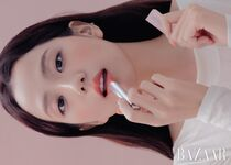 Jisoo Harper's Bazaar January 2020 2