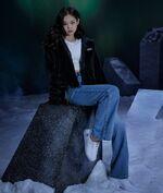 Jennie Adidas Originals 5