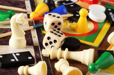 Dice-dominoes-and-game-pieces.jpg