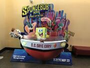 SpongeOnTheRunMovieStand