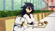 Nezu and Midnight eat at the cafeteria