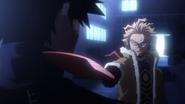 Hawks threatens Dabi (Anime)