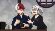 Fuyumi complains to Shoto
