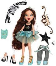 Bratz Princess Roxxi Doll (Out Of Box)