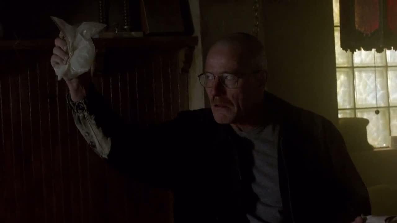 1x06 - Walt demanding his money.jpg