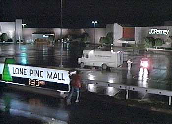 Lone pine mall.jpg