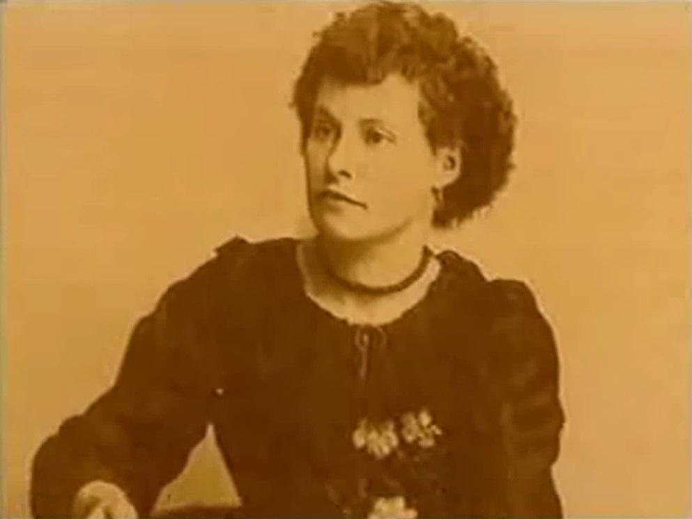 Belle Malone