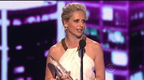 Sarah Michelle Gellar People's Choice Awards 2014 Acceptance Speech HD