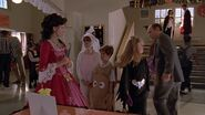 S2E06 Buffy and the trick-or-treaters