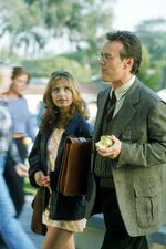 Sarah-Michelle-Gellar-Buffy-Season-1-Promo-Shot-sarah-michelle-gellar-5592897-266-400