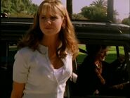 Buffy llega a su nuevo instituto