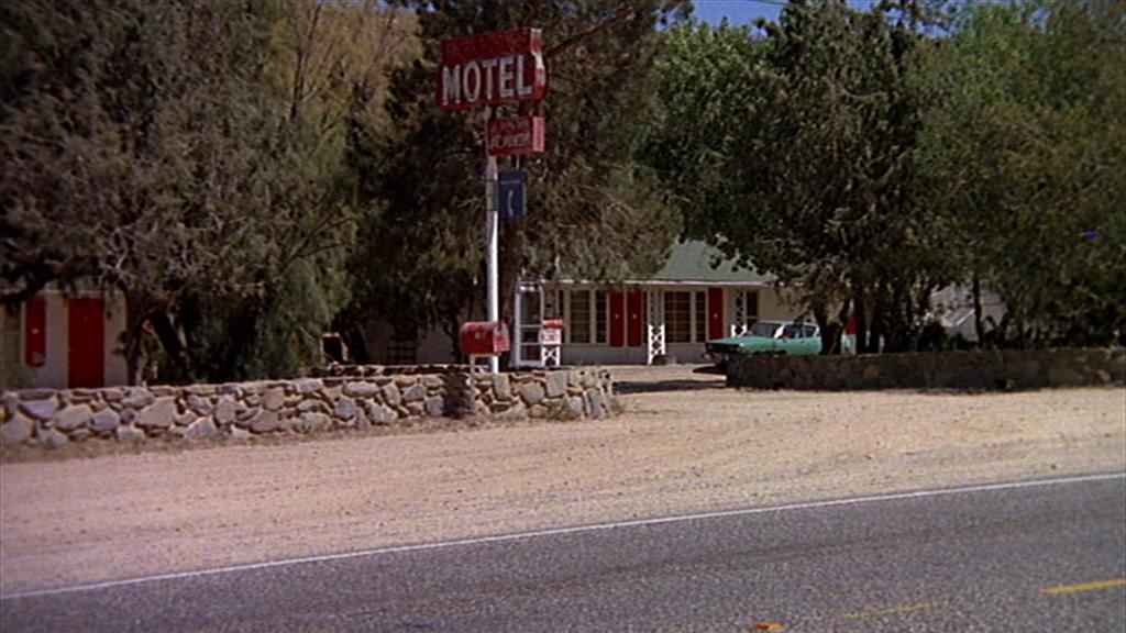 Sunspot Motel