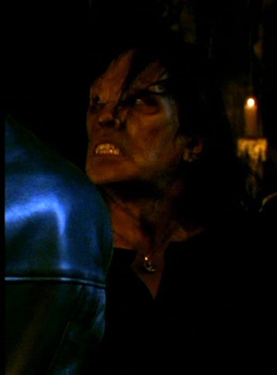 Vampire inconnu (Un premier rendez-vous manqué)