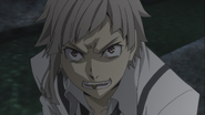 Atsushi catches a bullet using his mouth