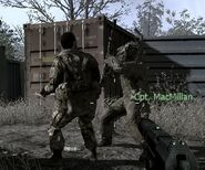 MacMillan attacking enemy CoD4