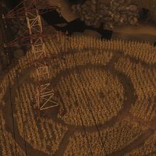 Pola kukurydzy pod wieza.png