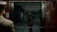Крайние меры Захаев выходит из лифта