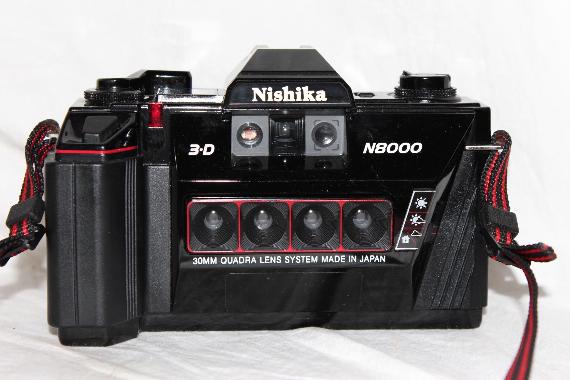 Nishika 3-D N8000