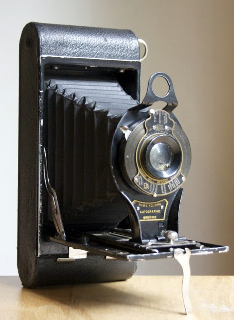 No. 2C Folding Autographic Brownie