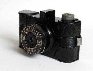 Falcon Miniature 02.jpg