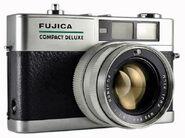 Fujica Compact Deluxe V2