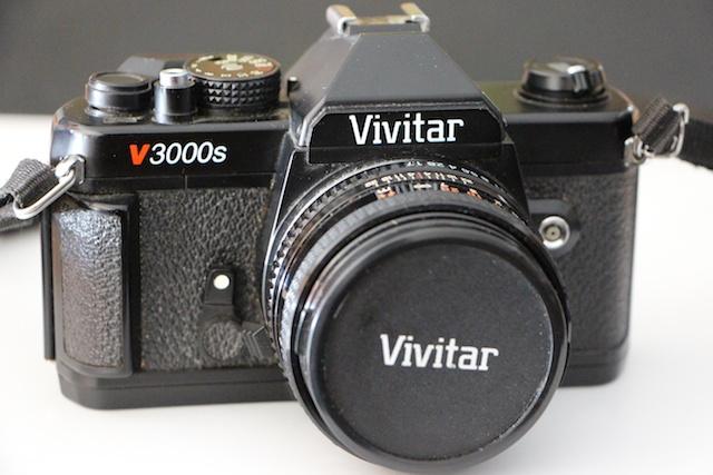 Vivitar V3000