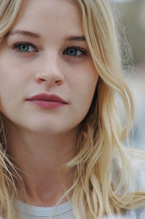 Bridget 1.jpg