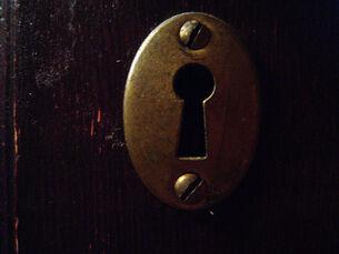 Key-keyhole-01.jpg