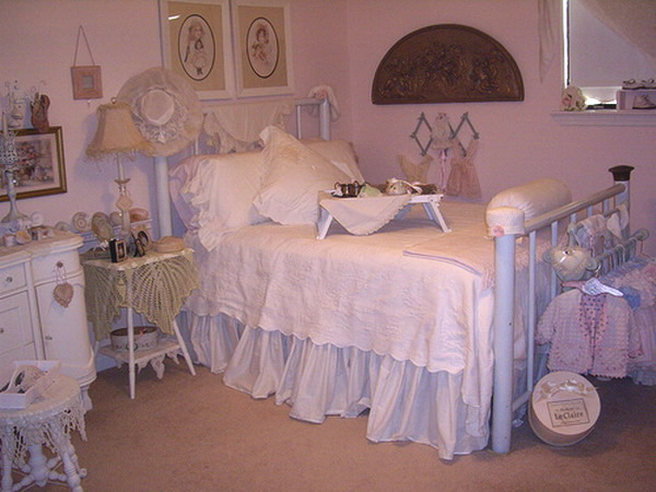 Analilia/Lilia's Room