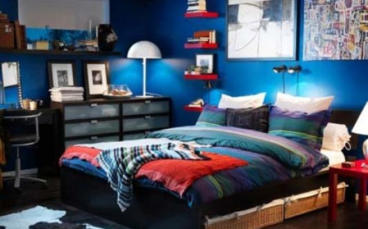 Lynn's bedroom.jpg