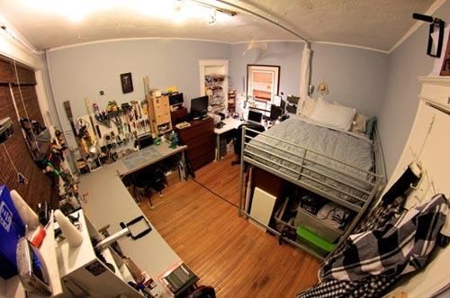 Cass' bedroom.jpg