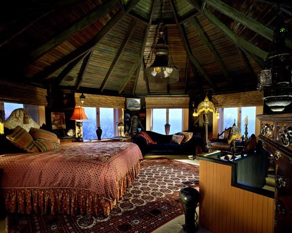 Bast's bedroom.jpg