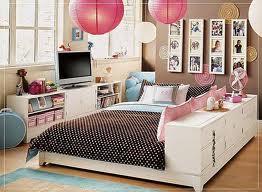 Kiana Kwang's room.jpg