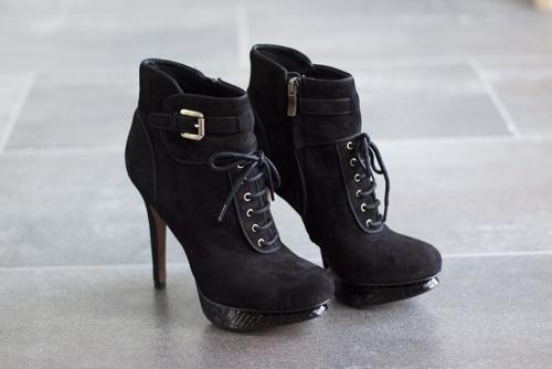 Black-fashion-heels-shoes-Favim.com-333745.jpg