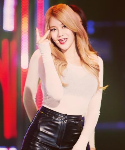 ParkSoYung3.jpg