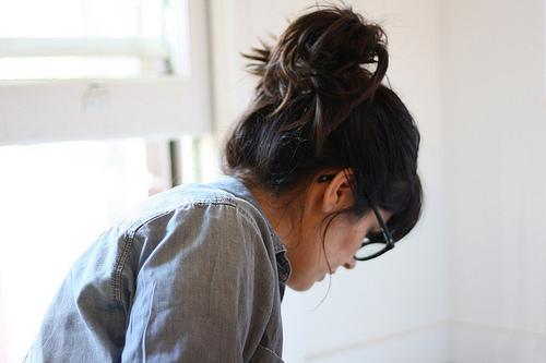 Alone-girl-hair-Favim.com-460275.jpg