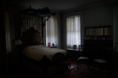 Dark-bedroom.jpg