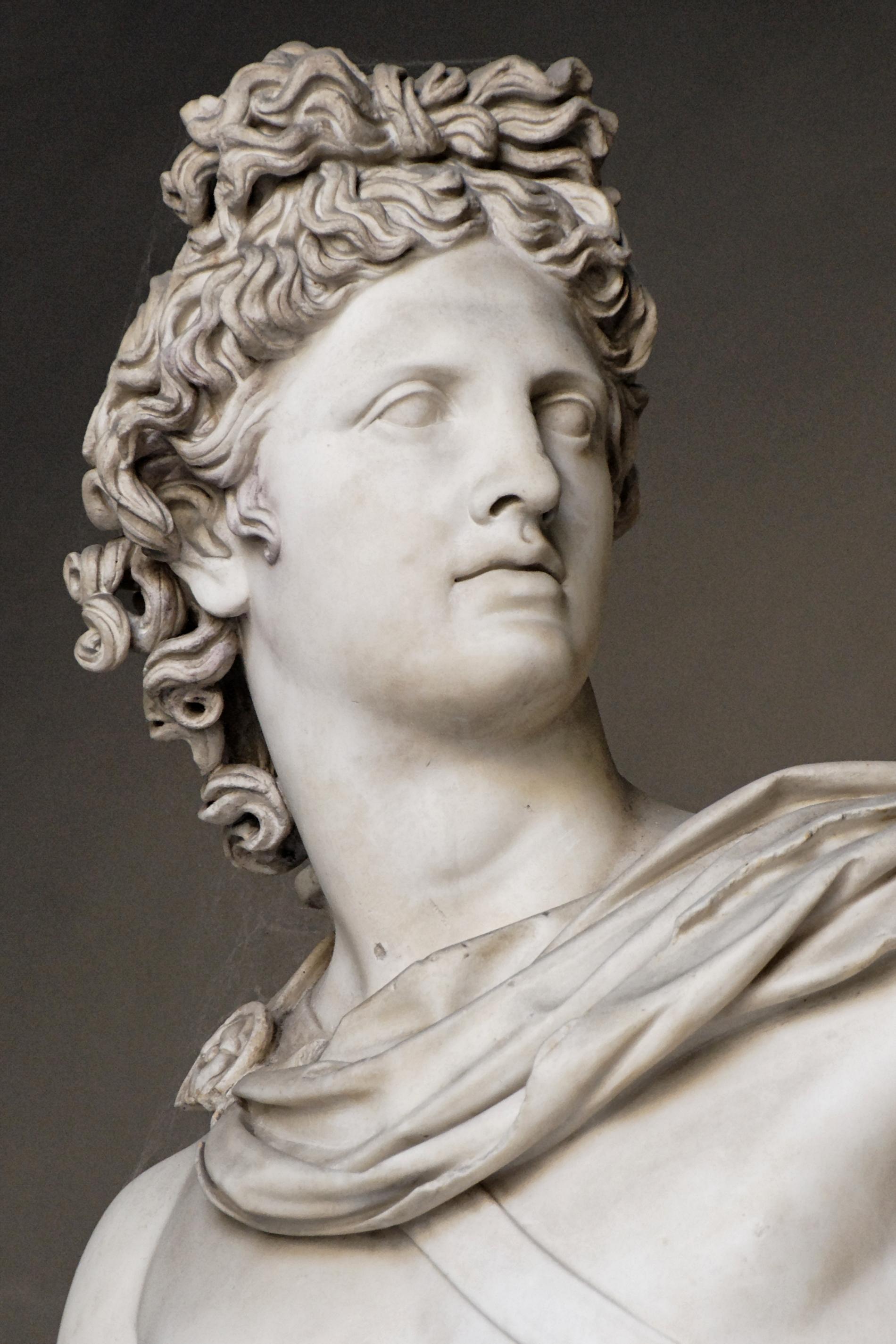 Apollo statue.jpg