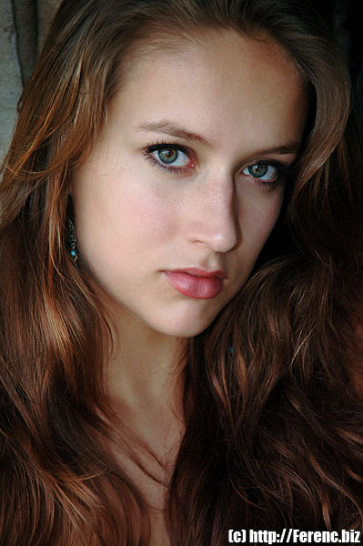 Beautiful-girl-dark-long-brown-hair.jpg