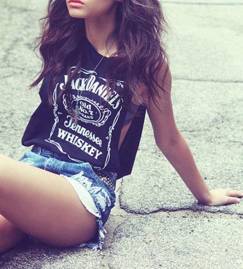 Alcohol-beautiful-brunette-curly-Favim.com-779700.jpg