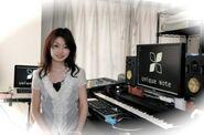 Yoshino Aoki - Unique Note